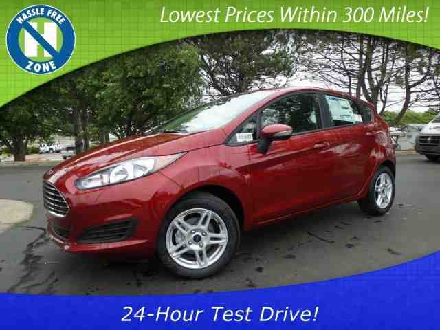 2017 Ford Fiesta SE & New Ford Cars SUVs and Trucks in Lansing | Courtesy Ford markmcfarlin.com