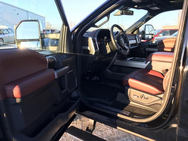2018 Ford SuperDuty F-350 Platinum
